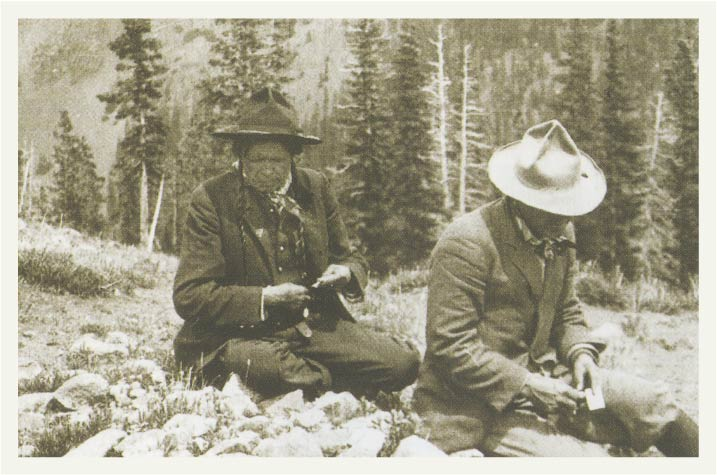 lively-tours-and-talks-two-arapaho